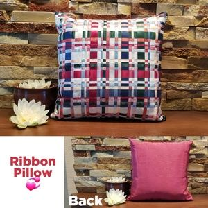 Exquisite custom-made Ribbon Pillow